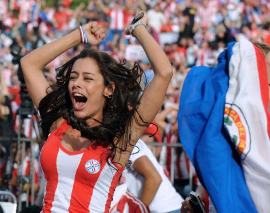 Top hottest fans World Cup 2014-2018 Paraguay hot female fans