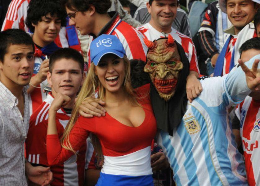 Top hottest fans World Cup 2014-2018 Paraguay hottest fans