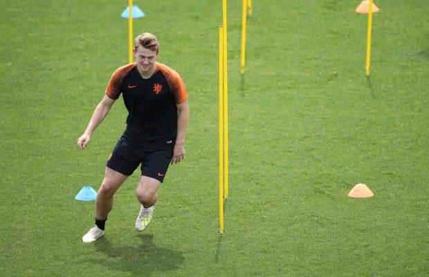 de Ligt in Turin to sign for Juve