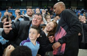 Kompany advises City against buying new defenders