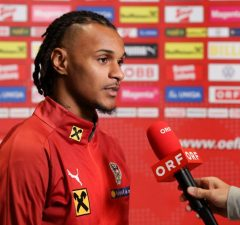 English side Newcastle in talks with Inter Milan outcast Valentino Lazaro