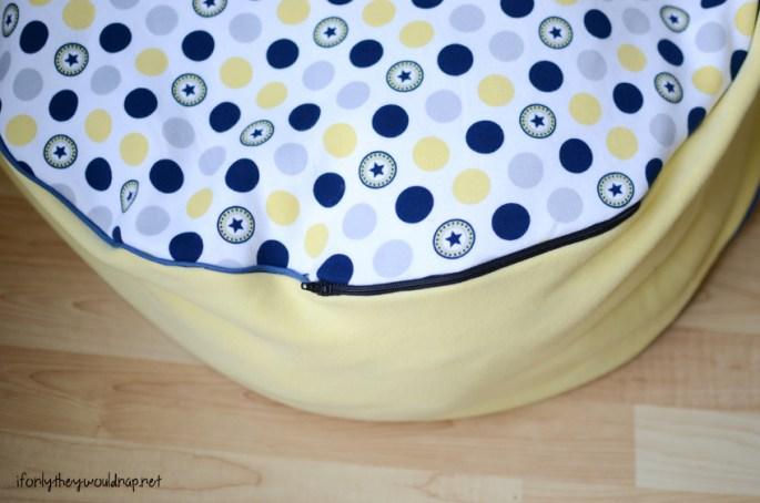 floor cushion with zipper