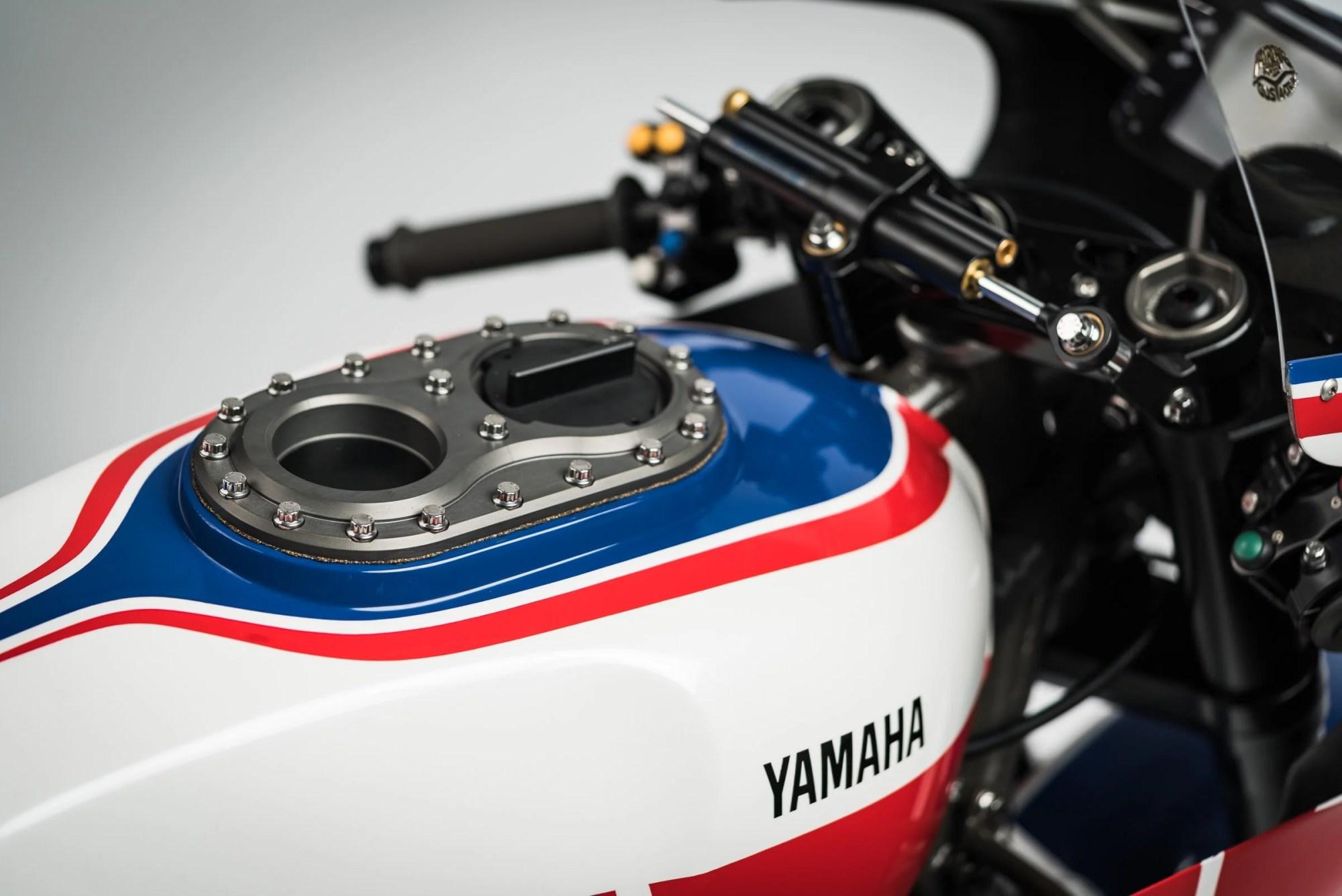 hight resolution of yamaha turbo maximus motorcycle fuel tank