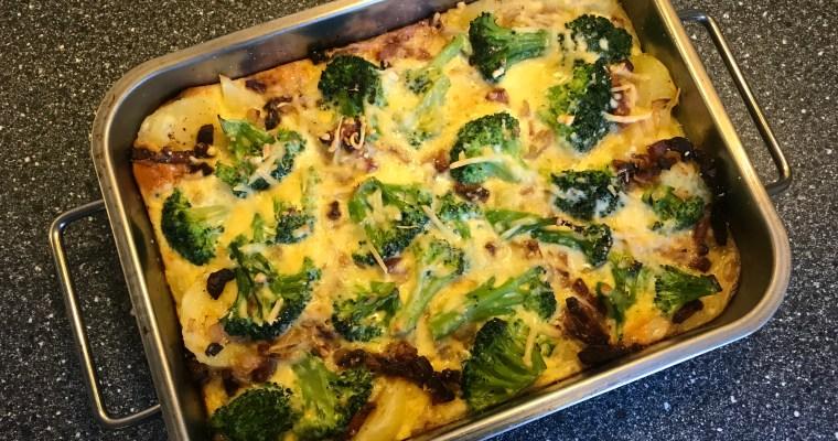 Aardappel-broccoli schotel met spekjes