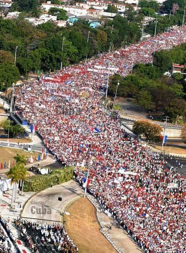 desfile popular-cuba