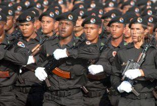 La Brigada Especial marcha en la Revista Militar, el 14 de Abril de 2011, La Habana, Cuba. Foto: Calixto N. Llanes/Juventud Rebelde (CUBA)