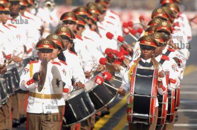 La Banda de música del estado mayor desfila en la Revista Militar, el 14 de Abril de 2011, La Habana, Cuba. Foto: Calixto N. Llanes/Juventud Rebelde (CUBA)