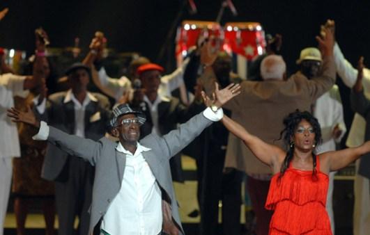El Team Cuba de la Rumba le canta FELICIDADES a Fidel por sus 85 cumpleaños, el 12 de Agosto de 2011, La Habana, Cuba. Foto: Calixto N. Llanes/Juventud Rebelde (CUBA)