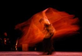 """María Pagés junto a su compañía interpretan """"Flamenco y Poesía"""", durante el 21 Festival Internacional de Ballet de La Habana, el jueves 30 de octubre de 2008, La Habana. Foto: Calixto N. Llanes (CUBA)"""