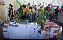 Mucho público asiste siempre al Pabellón Cuba, el 10 de Febrero de 2011, La Habana. FOTO: Calixto N. Llanes (CUBA)
