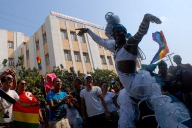 Desfile homosexual como parte de la Quinta Jornada Cubana contra la Homofobia. Sabado 12 de mayo de 2012, La Habana. FOTO: Calixto N. Llanes/Juventud Rebelde (CUBA)