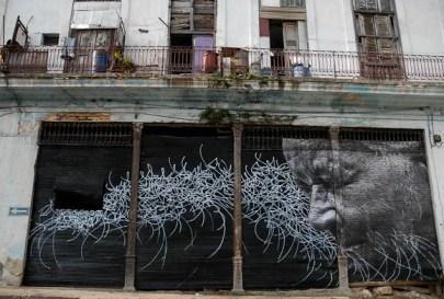 Los surcos de la ciudad, de los artistas JR y José Parla. el domingo 13 de Mayo de 2012, La Habana, Cuba. Foto: Calixto N. Llanes (CUBA)