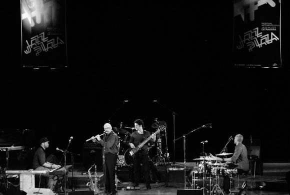 Roberto Fonseca su grupo Temperamento durante el 3er día del Festival Internacional Jazz Plaza 2012, el sábado 22 de diciembre de 2012, La Habana. FOTO: Calixto N. Llanes (CUBA)