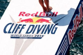 cliff-diving-cuba
