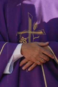 Religioso durante la Santa Misa que ofició el El Papa Benedicto XVI en la Plaza de la Revolución José Martí el 28 de marzo de 2012, La Habana, Cuba. FOTO de Calixto N. Llanes/Juventud Rebelde (CUBA)