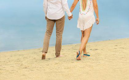 Häufiges Barfußgehen ist förderlich für gesunde Füße.