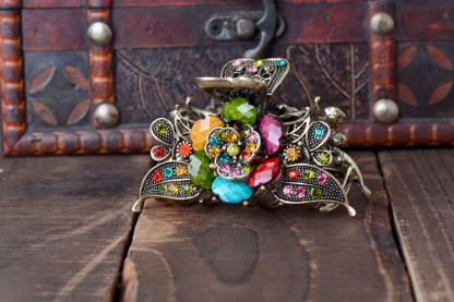 Multicolor Antique Rose Rhinestone Metal Hair Claw