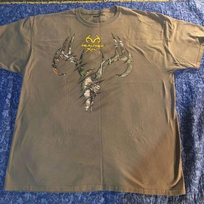RealTree Deer Skull T-shirt