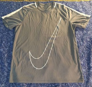 Nike Swoosh Dri-fit Shirt