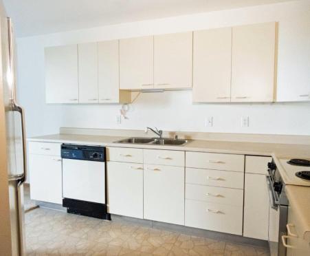 W302 kitchen
