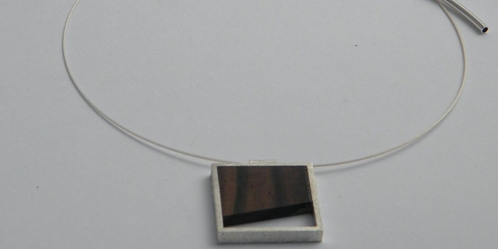 908 - Silver And Wood Pendand