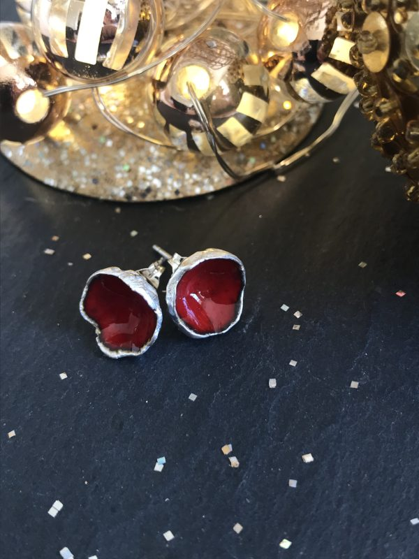 Silverkupe Red Seed Studs