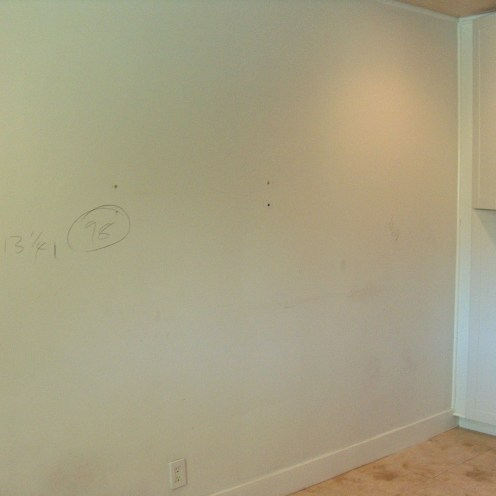 riviera1-kitchen-before-wall