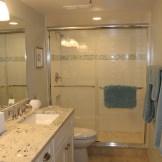 madeira23-master-bathroom