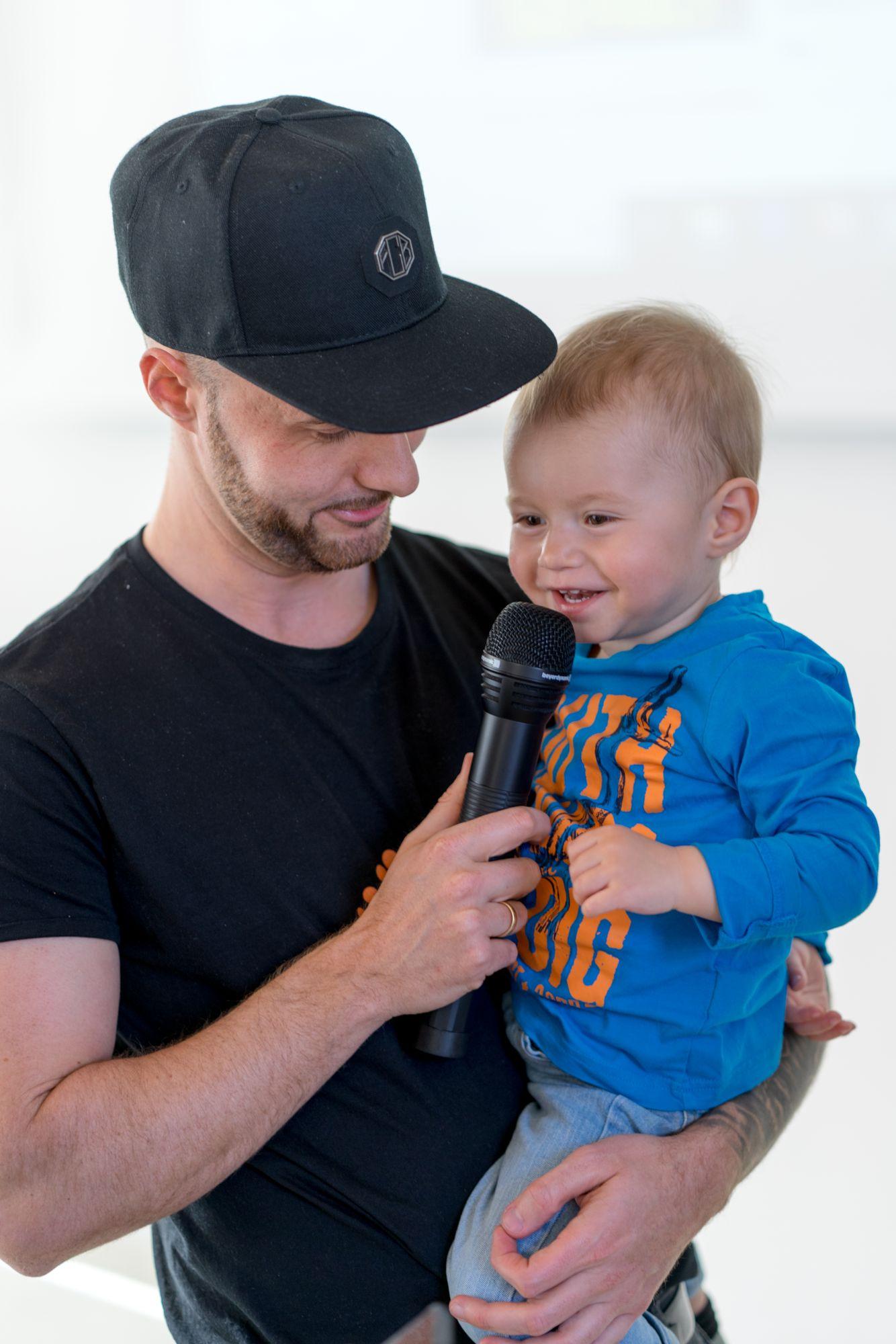 Daniel Hauber mit Sohn auf dem Babba Business Day 2019 in Großostheim