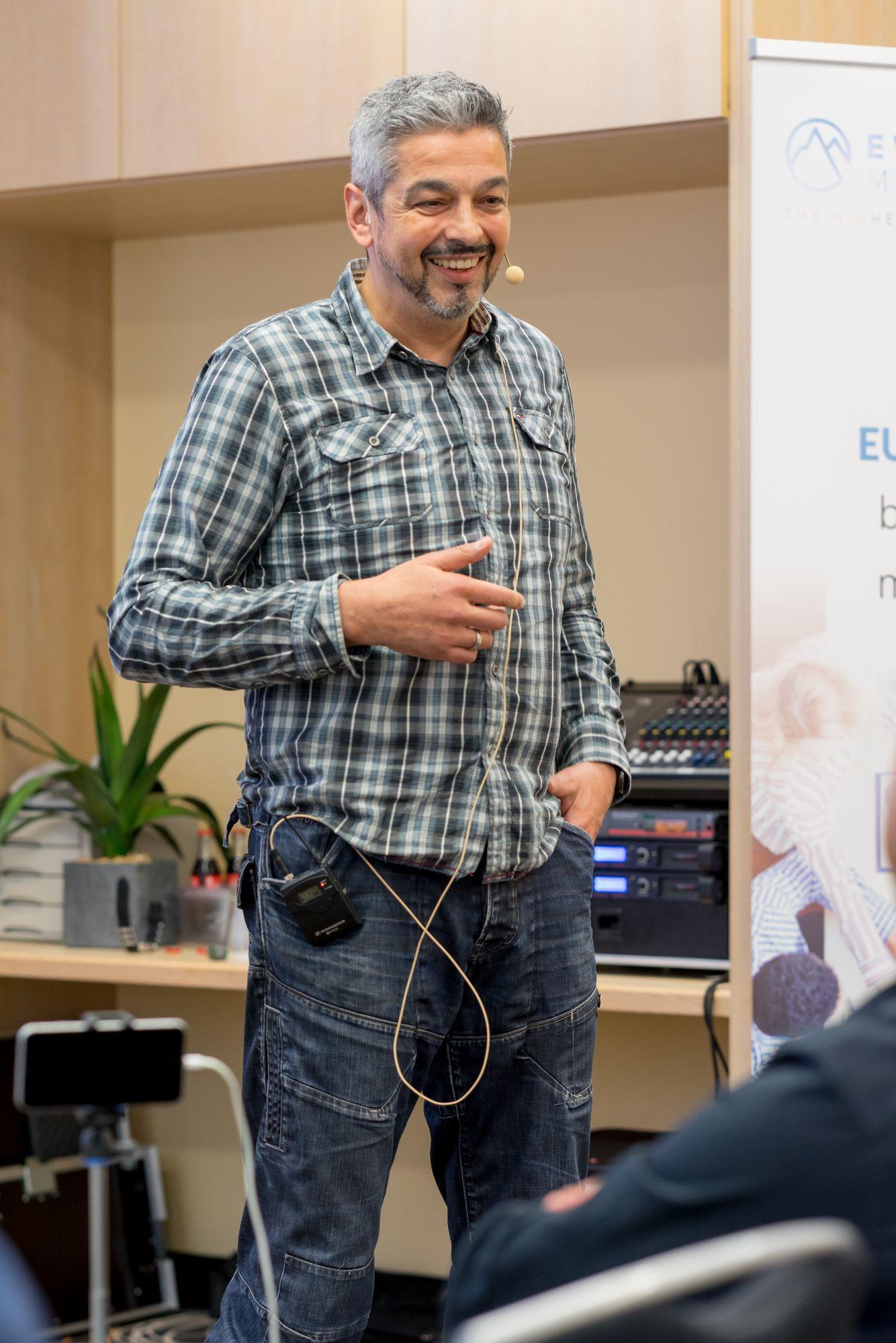 Jean-Claude Capanna als Sprecher auf dem Builderall Everest 2018 in Nürnberg (Germany)