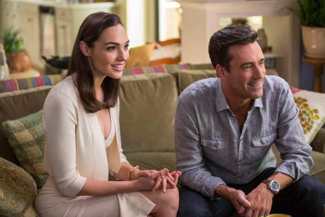 keeping-up-with-the-joneses-trailer-2