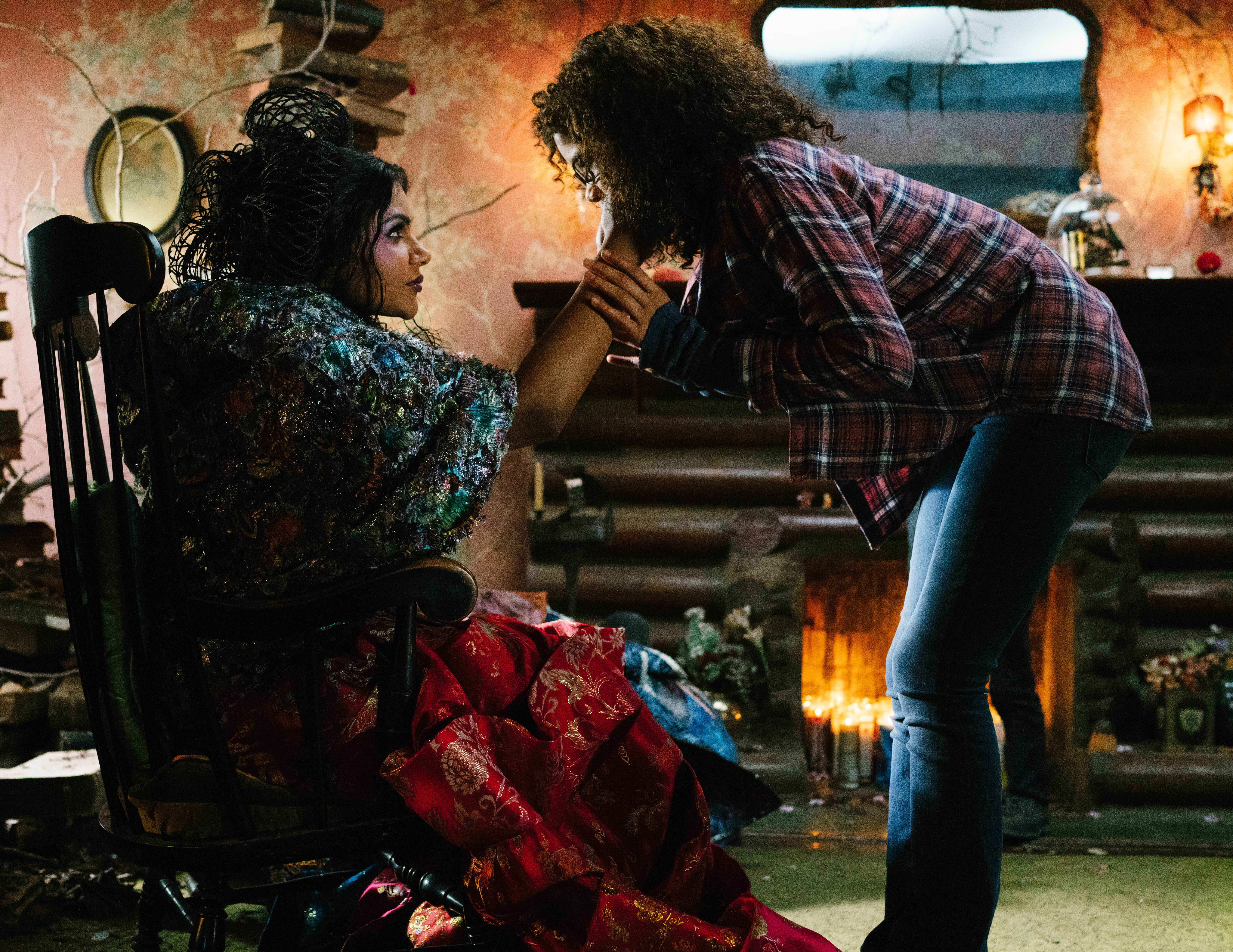 Mindy Kaling is Mrs. Who and Storm Reid is Meg Murry in Disney's A WRINKLE IN TIME.