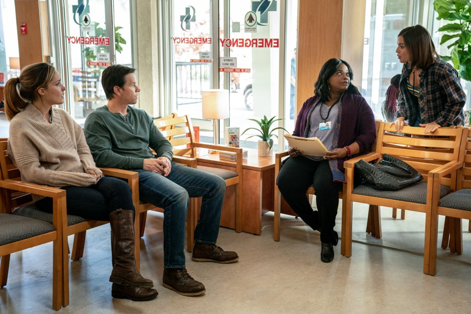 Mark Wahlberg, Rose Byrne, Octavia Spencer and Isabela Moner in Instant Family from Paramount Pictures.