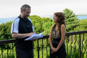 (from left) Director Judd Apatow with Marisa Tomei on the set of The King of Staten Island.