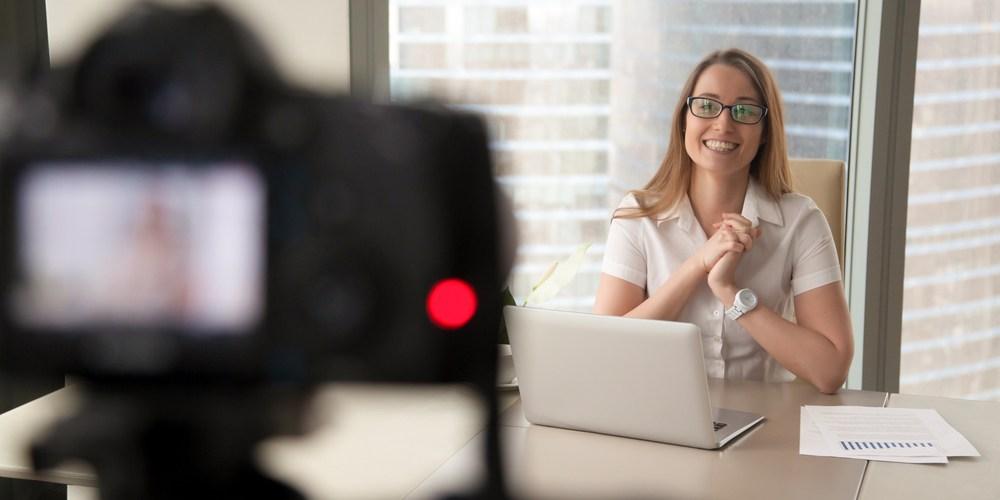 Tipps für erfolgreiches Livestreaming auf Facebook, YouTube & Co.
