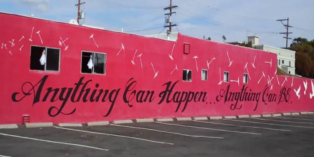Abbildung: Schriftzug Anything can happy ist auch Motto der Online-Agentur aus Koblenz