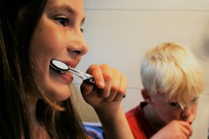 pediatric dentist brushing teeth