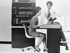 IBM System/370 Model 145 By jovike (cc) (from Flickr)