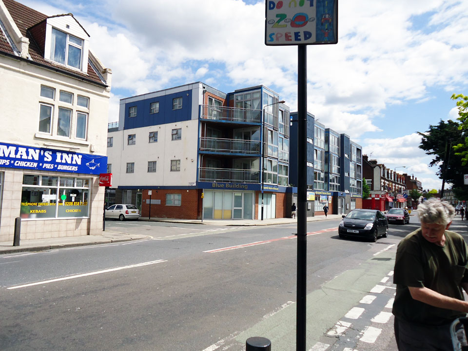 D11A – Woolwich Road / Annandale Road