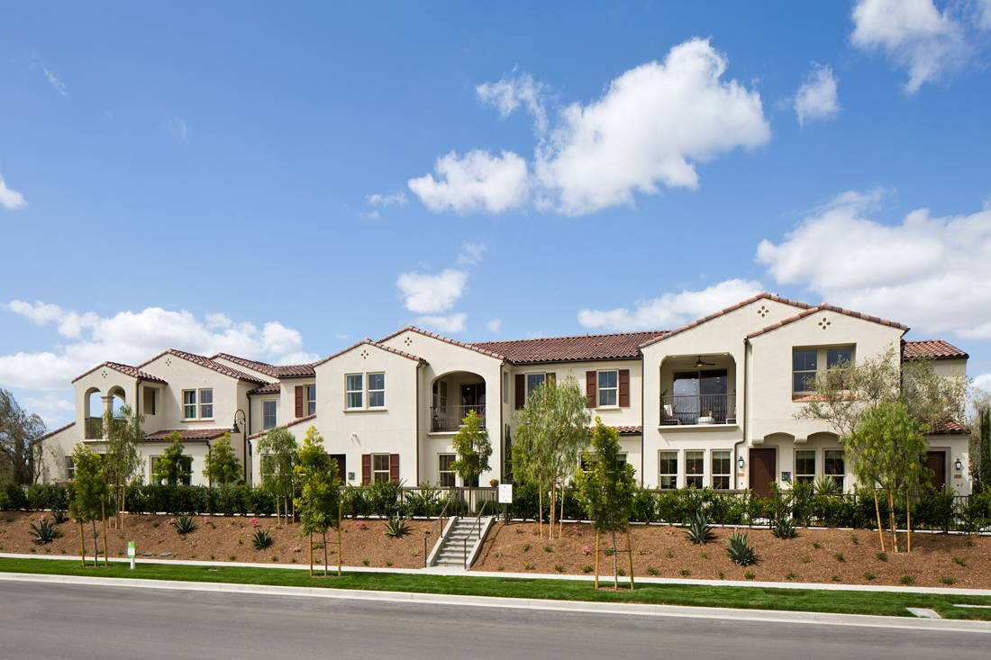 Alston Lakes Apartments