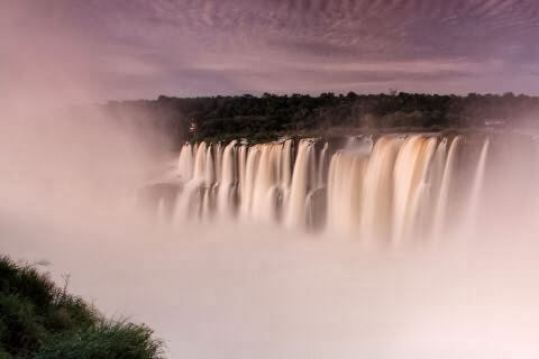 Iguazú waterfalls and clouds: my memories of an unforgettable holiday between Argentina, Brazil and Paraguay