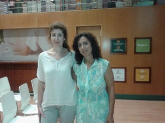 Con Lurdes Reina el día de la presentación oficial de Frente al Espejo en Casa del Libro