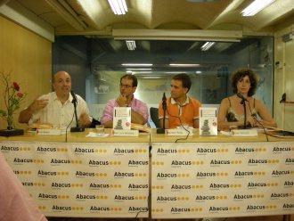 Librería Abacus – Plataforma editorial, con editor Jordi Nadal, Jose Luis Montes y Raimon Solà, autor de Cómo ser feliz cada día