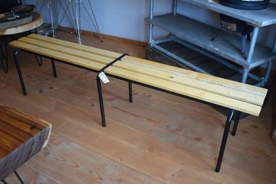 SW-105 houten bankje met spijlen