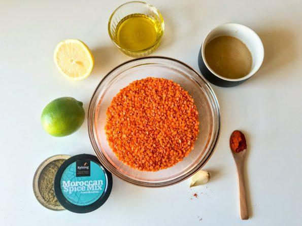 Хумус от червена леща с марокански подправки