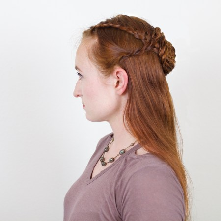 "Sansa ""Lady of Winterfell"" Hairstyle in Game of Thrones"
