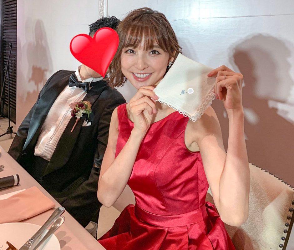 篠田麻里子のお色直し姿が可愛すぎる!赤いドレス画像を見たネット上のファンの声は?