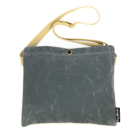 Strawfoot_SimpleMusette_Wax_Charcoal