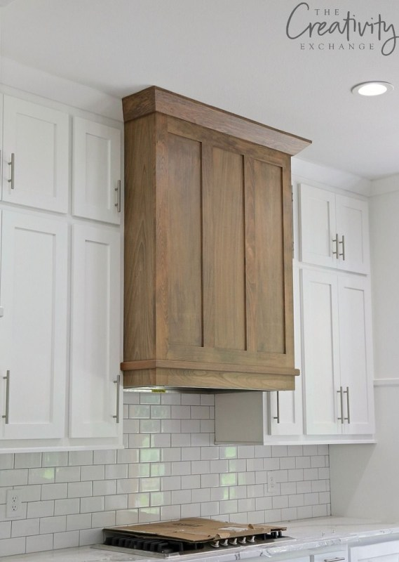 Range hood inspiration via The Creativity Exchange // Sima Spaces Kitchen renovation