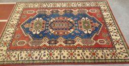 Kazak tapijt 239 x 172